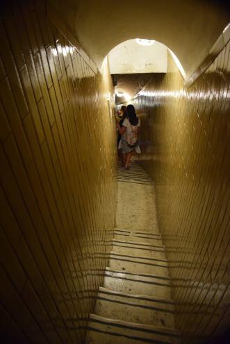 escaliers etroits